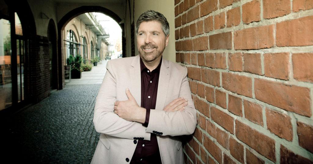Christian Lais - Halbjahressieger der Schlager-Rundfunkhitparaden!